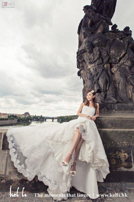 在查理橋拍攝的婚紗照   Prewedding in Charles Bridge