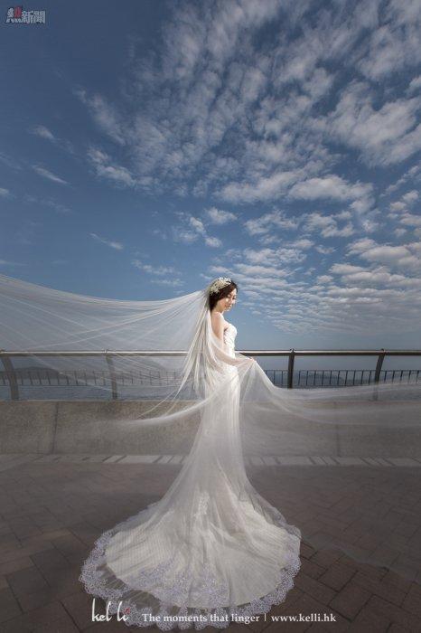 外拍其間,是可以拍到一些飄紗的婚紗照