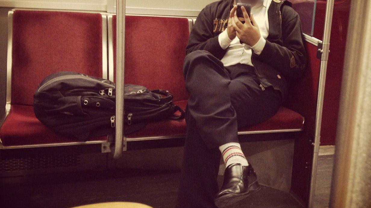 從搭公共交通工具的姿態,看您的交友態度