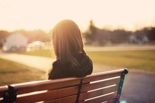 你是否一個人孤零零過完夏天嗎